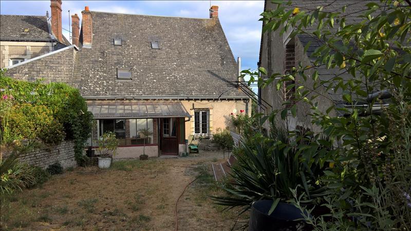 Maison MONTREUIL EN TOURAINE - (37)