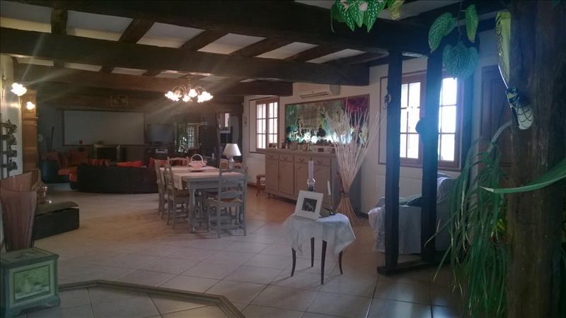 Maison ST LYS - 7 pièces  -   320 m²