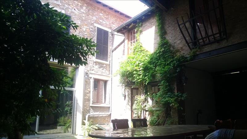 Maison ST LEU LA FORET - 14 pièces  -   414 m²