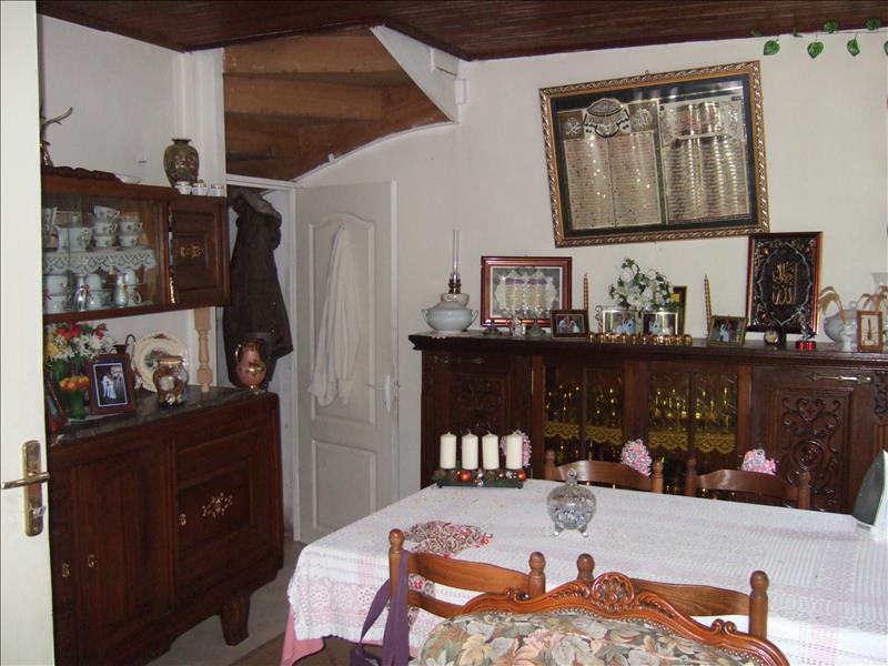 Maison SARLAT LA CANEDA - 3 pièces  -   66 m²