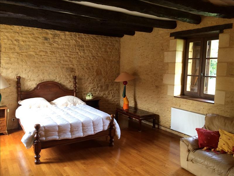 Maison PROISSANS - 7 pièces  -   230 m²