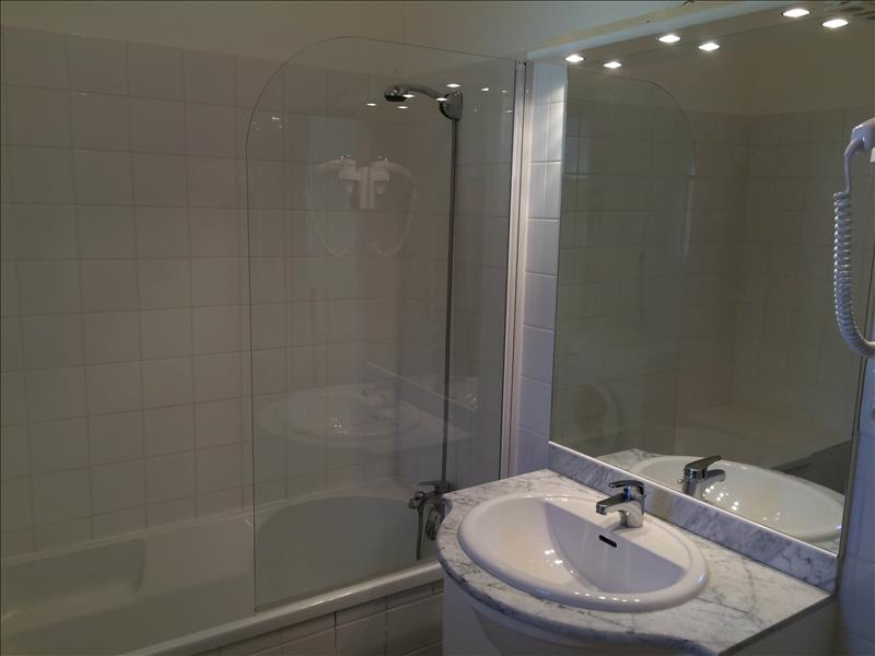 Appartement SARLAT LA CANEDA - 2 pièces  -   47 m²