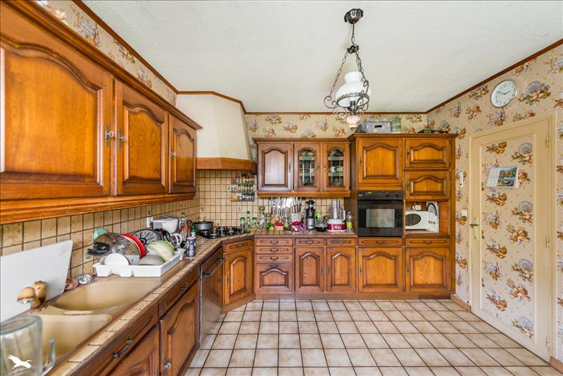 Maison MARINES - 7 pièces  -   158 m²