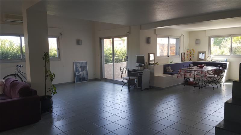 Maison MARSEILLAN - 4 pièces  -   137 m²
