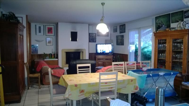 Maison ST AUGUSTIN - 6 pièces  -   154 m²