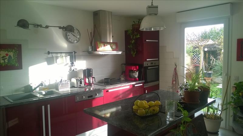 Maison LES MATHES - 5 pièces  -   133 m²