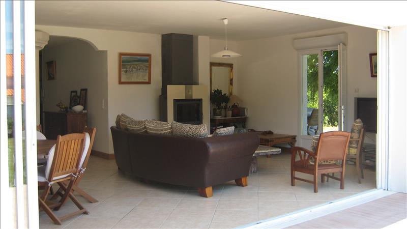 Maison ARVERT - 4 pièces  -   147 m²