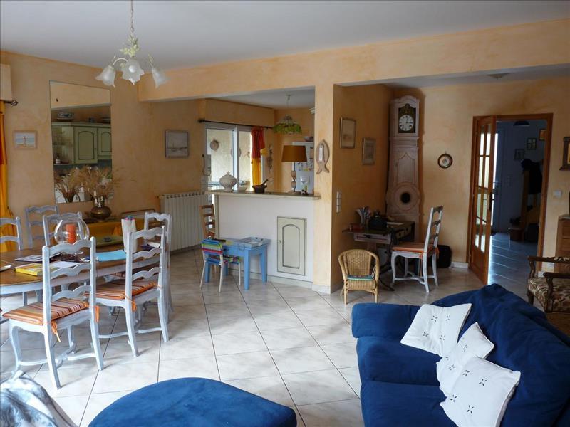 Vente Maison LES MATHES (17570) - 6 pièces - 157 m² -