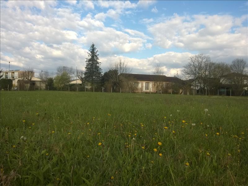 Terrain ST ASTIER -  - 1490 m²