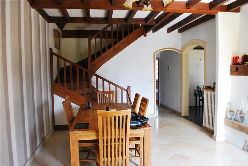 Maison ANNESSE ET BEAULIEU - 5 pièces  -   134 m²