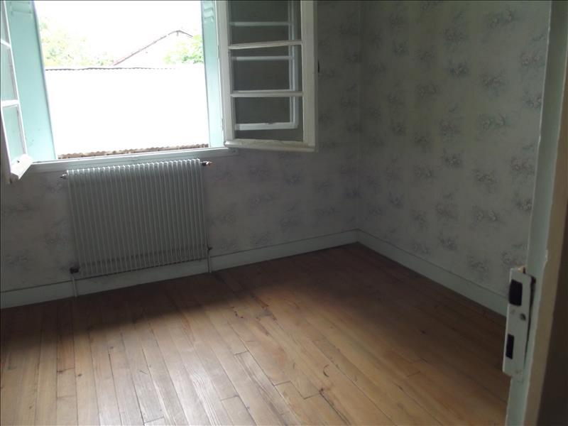 Maison ST ASTIER - 5 pièces  -   96 m²