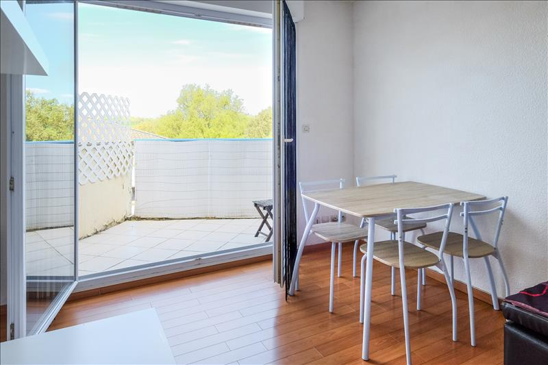 Appartement ST ORENS DE GAMEVILLE - 2 pièces  -   40 m²