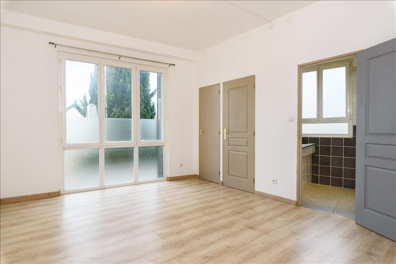 Appartement LAUZERVILLE - 4 pièces  -   132 m²