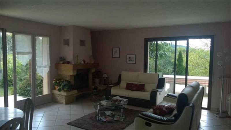 Maison BRIVE LA GAILLARDE - 7 pièces  -   185 m²