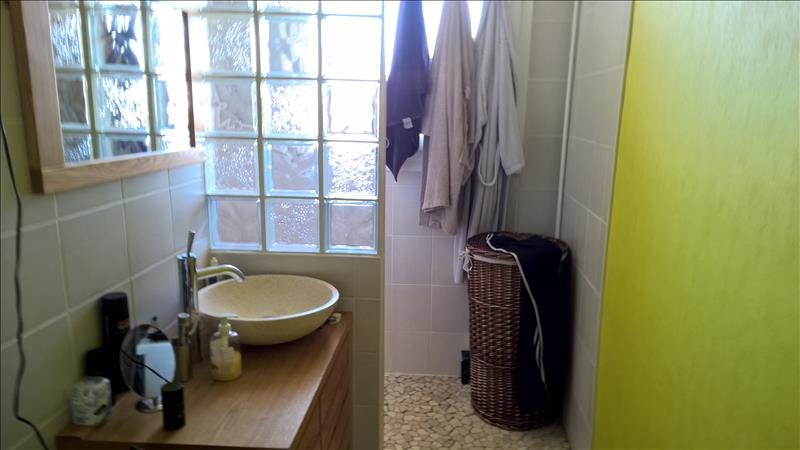 Appartement BRIVE LA GAILLARDE - 3 pièces  -   63 m²