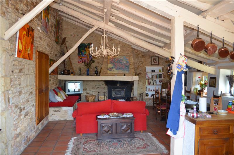 Maison SAUVETERRE LA LEMANCE - 5 pièces  -   107 m²