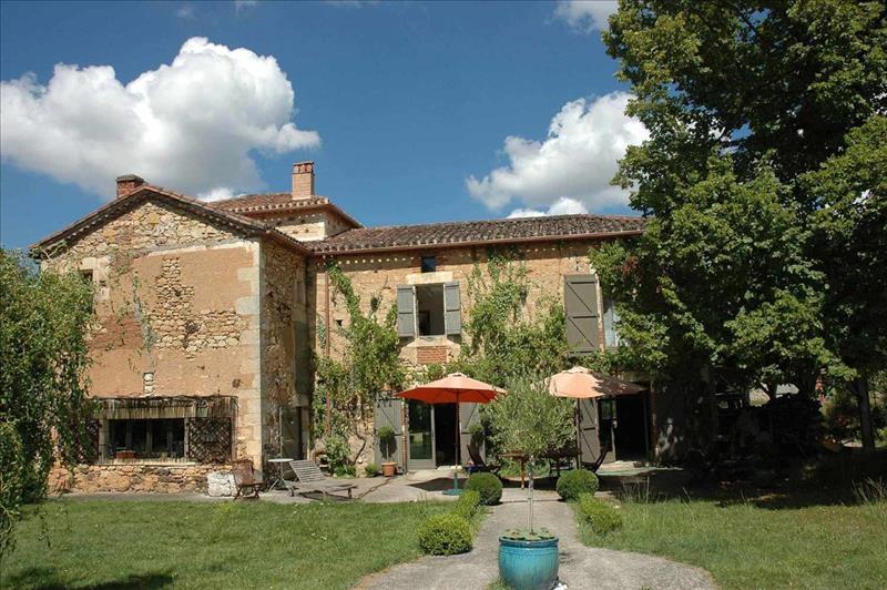 Vente Maison FUMEL (47500) - 8 pièces 290 m²