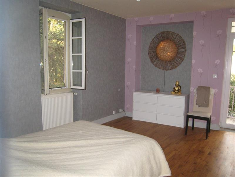 Maison DURAVEL - 16 pièces  -   505 m²