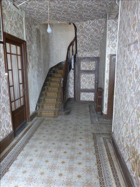 Maison SAUVETERRE LA LEMANCE - 8 pièces  -   200 m²