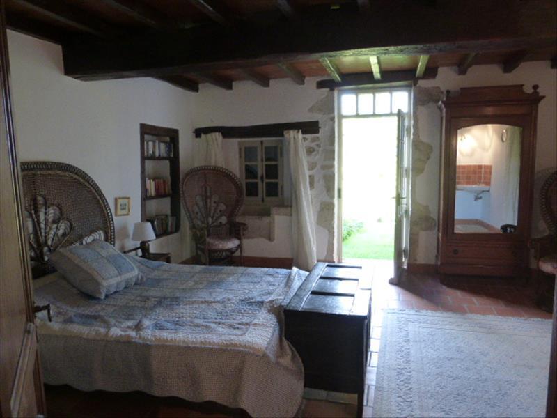 Maison CAZIDEROQUE - 9 pièces  -   270 m²