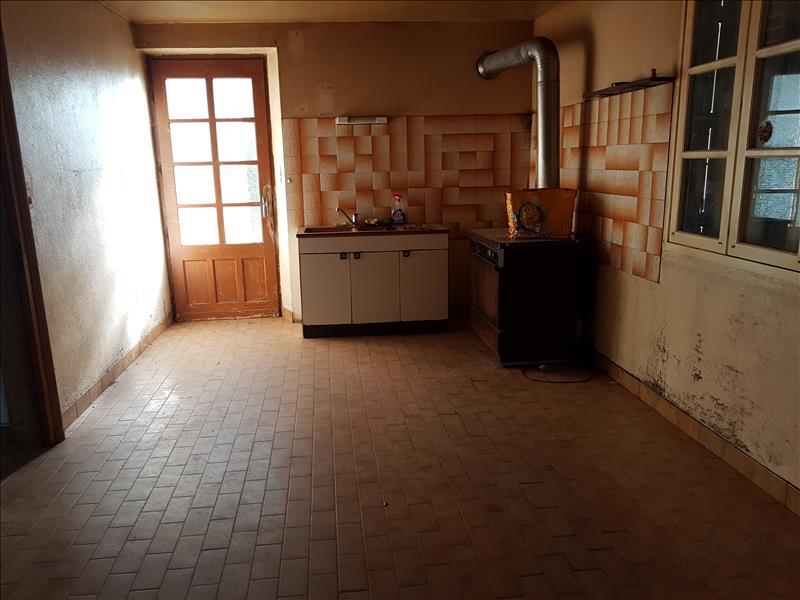 Maison AINAY LE VIEIL - 7 pièces  -   190 m²