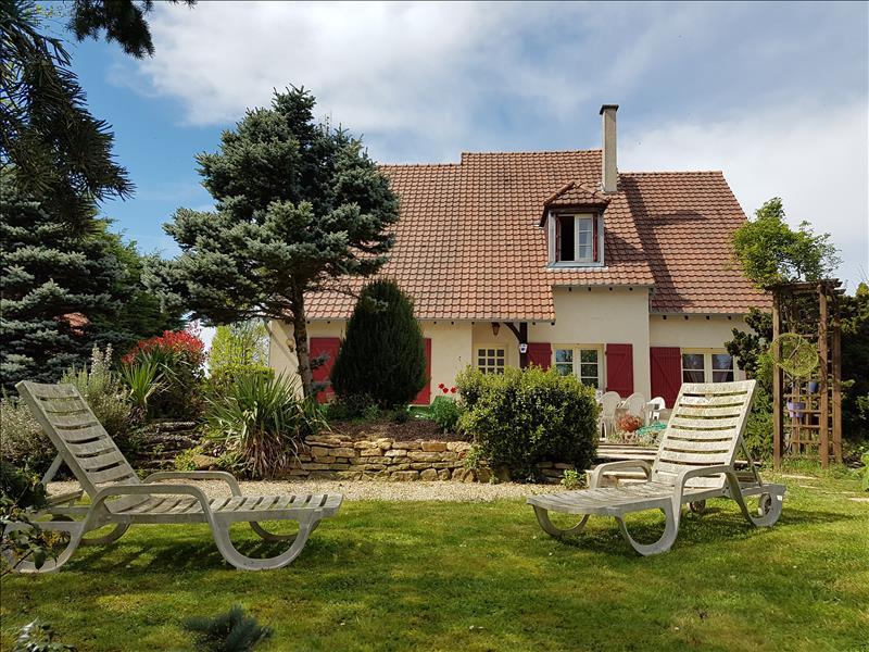 Maison BOUZAIS - 4 pièces  -   160 m²
