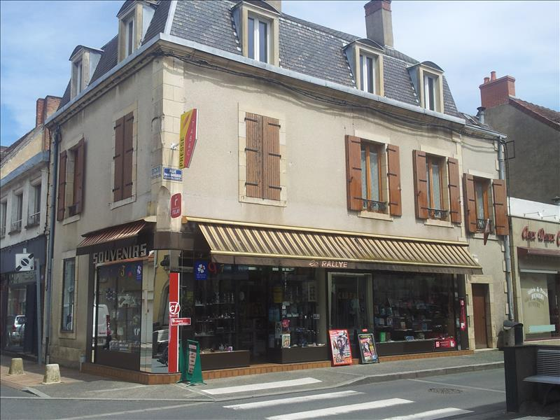 Local commercial ST AMAND MONTROND -  -   118 m²