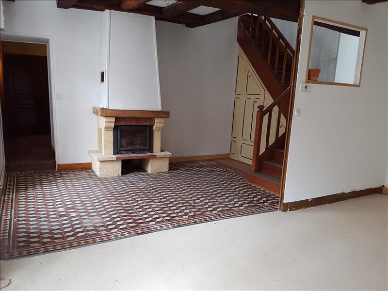 Maison AINAY LE VIEIL - 5 pièces  -   135 m²