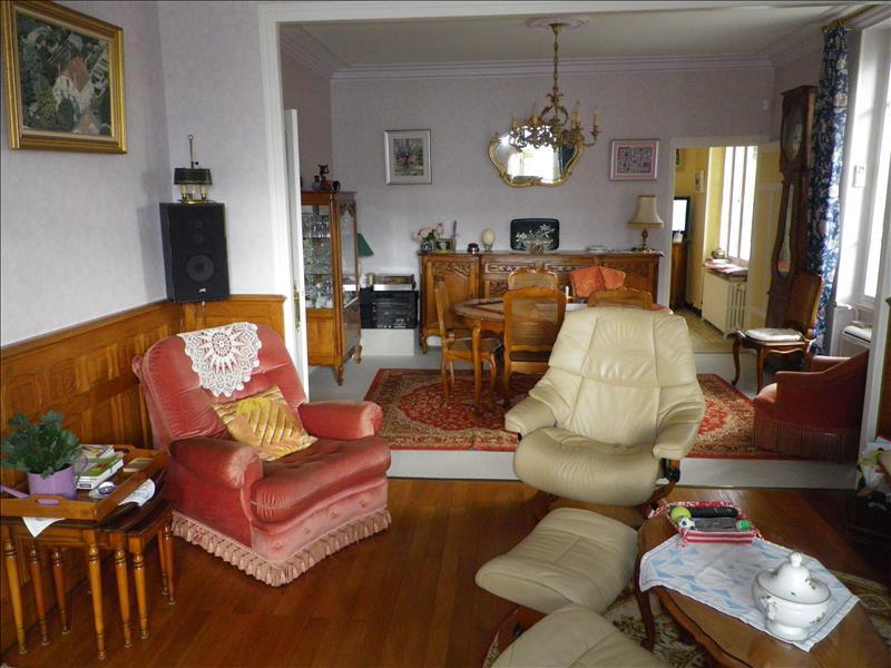 Vente Maison ST AMAND MONTROND (18200) - 7 pièces - 154 m² -