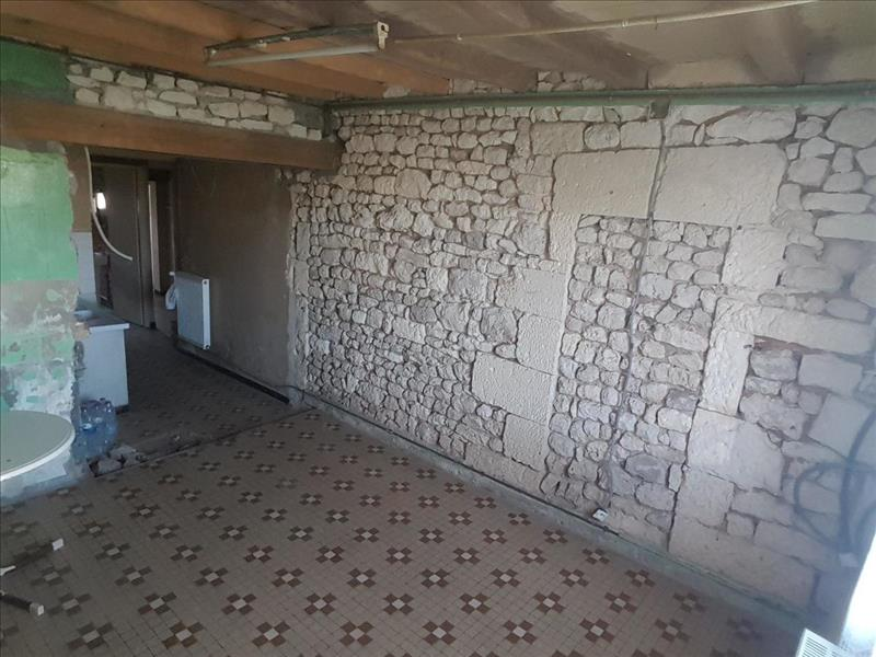 Vente Maison ST HIPPOLYTE (17430) - 5 pièces - 95 m² -