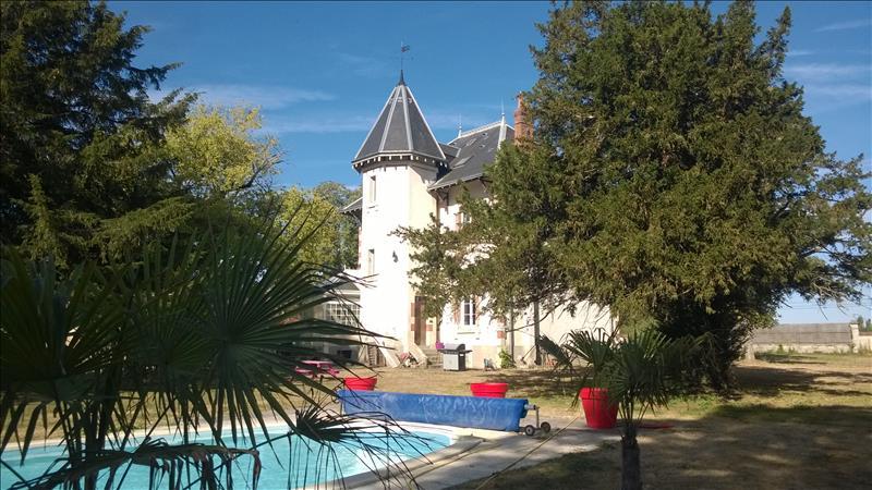 Vente Maison LE POINCONNET (36330) - 8 pièces 250 m²