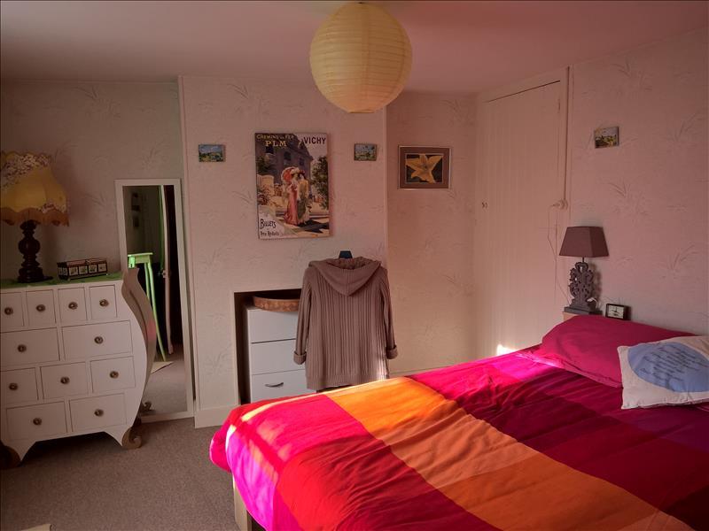 Maison ST YRIEIX LA PERCHE - 4 pièces  -   75 m²