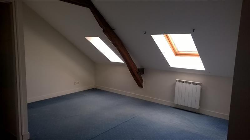 Maison LANGEAIS - 4 pièces  -   75 m²