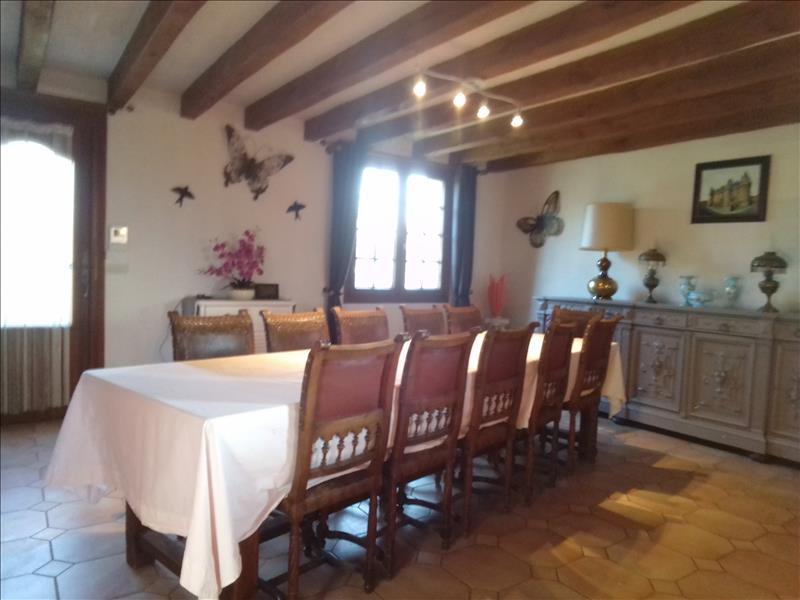 Maison INGRANDES DE TOURAINE - 6 pièces  -   160 m²