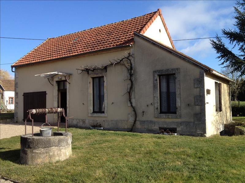 Maison CHAMBLET - 7 pièces  -   150 m²