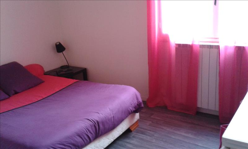 Appartement DOMERAT - 4 pièces  -   64 m²