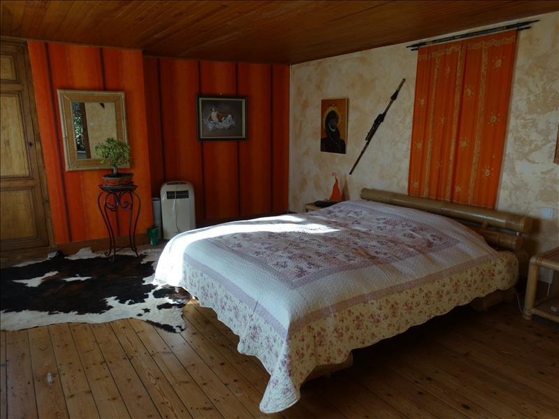 Maison ESPIENS - 5 pièces  -   145 m²