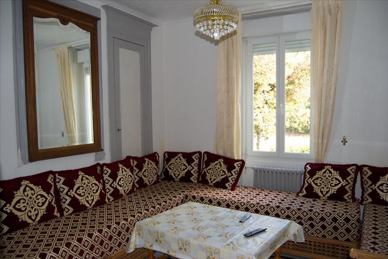 Maison LAVARDAC - 7 pièces  -   210 m²