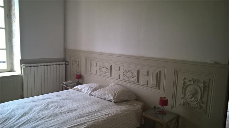 Maison MONTAGNAC SUR AUVIGNON - 5 pièces  -   165 m²