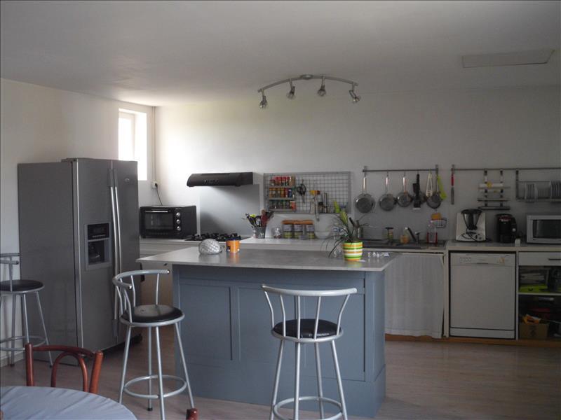 Maison MONCRABEAU - 4 pièces  -   160 m²