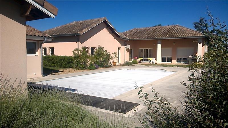 Maison NERAC - 5 pièces  -   136 m²