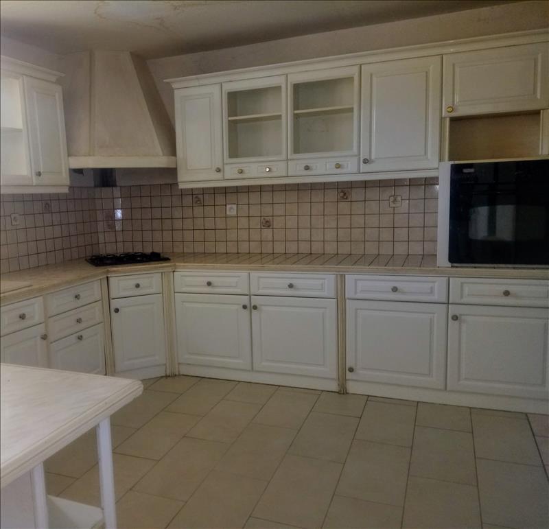 Maison  - 6 pièces    - 138 m² - LAVARDAC (47)