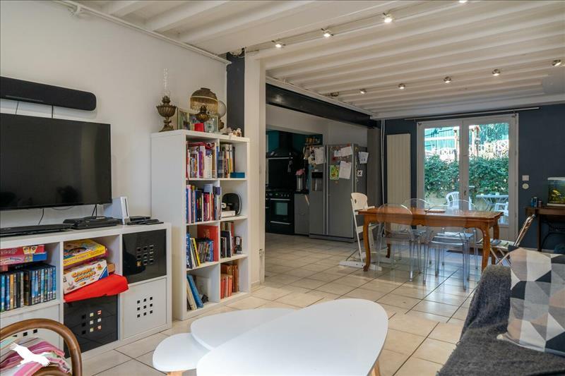 Vente Maison BORDEAUX (33800) - 5 pièces - 100 m² - Quartier Bordeaux|Nansouty - St Genès