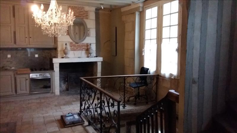 Maison AMBOISE - 10 pièces  -   242 m²
