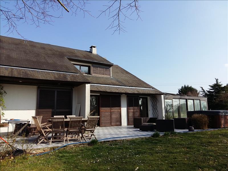 Maison LOCHES - 7 pièces  -   160 m²
