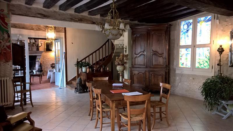 Maison ST FLOVIER - 16 pièces  -   526 m²