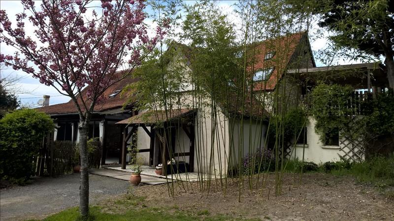 Maison VERNEUIL SUR INDRE - (37)