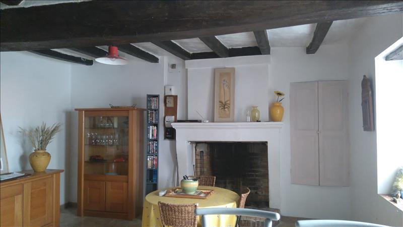 Maison CHARNIZAY - 2 pièces  -   48 m²