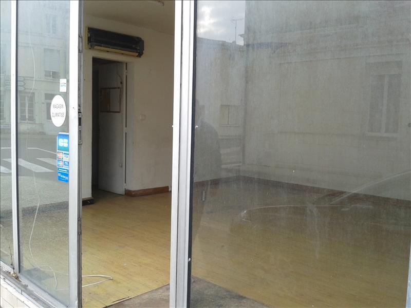 Local commercial SAUJON -  -   43 m²