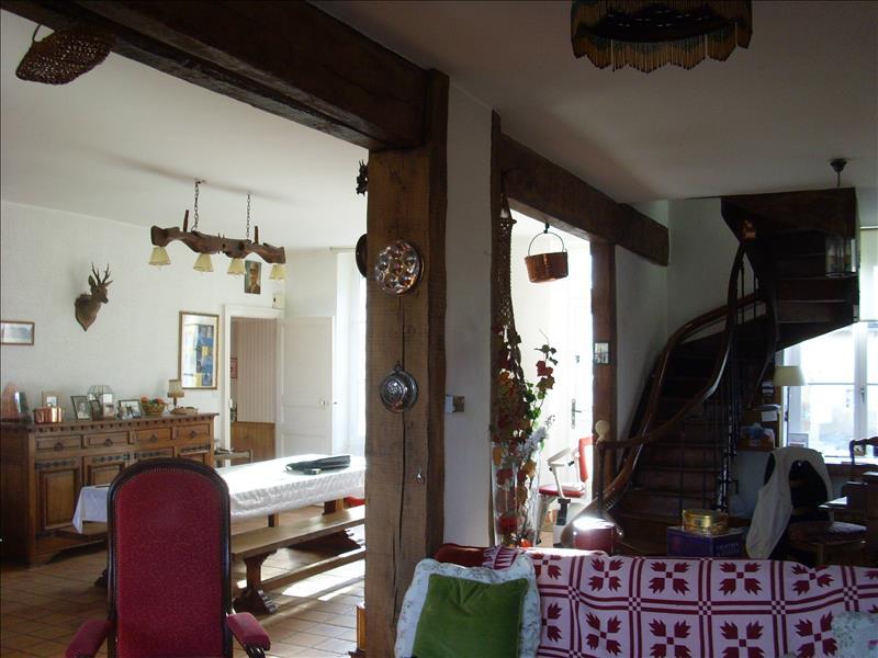 Maison CLION - 4 pièces  -   215 m²
